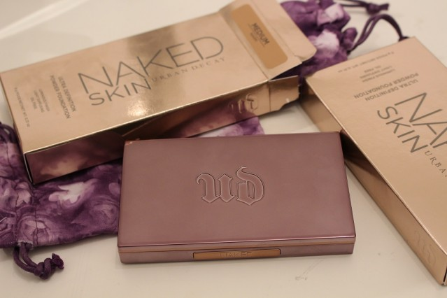 urban-decay-naked-skin-ultra-definition-powder-foundation-review
