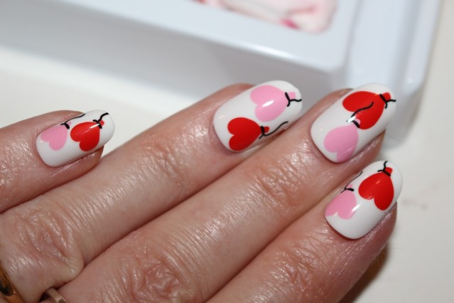 Elegant-Touch-Love-Me-Nails-review-3