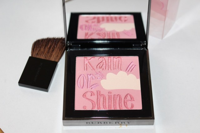 burberry-beauty-spring-2015-runway-palette-review-2