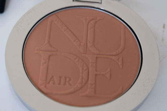 diorskin-nude-air-tan-powder-review-3