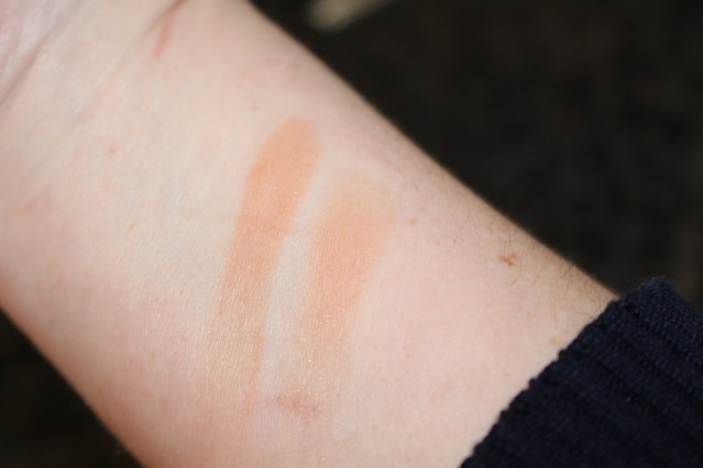 diorskin-nude-air-tan-powder-swatch