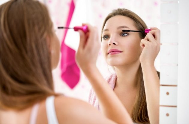 Beauty Dilemmas - Is Your Makeup Out of Date?