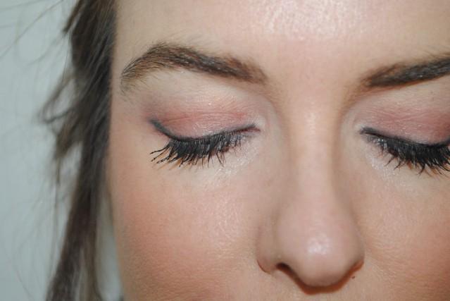 pur-minerals-soul-mattes-eyeshadow-palette-swatch