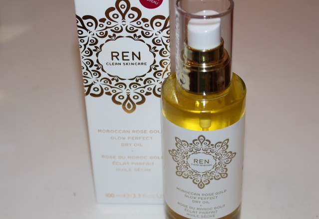ren-moroccan-rose-gold-glow-perfect-dry-oil-review