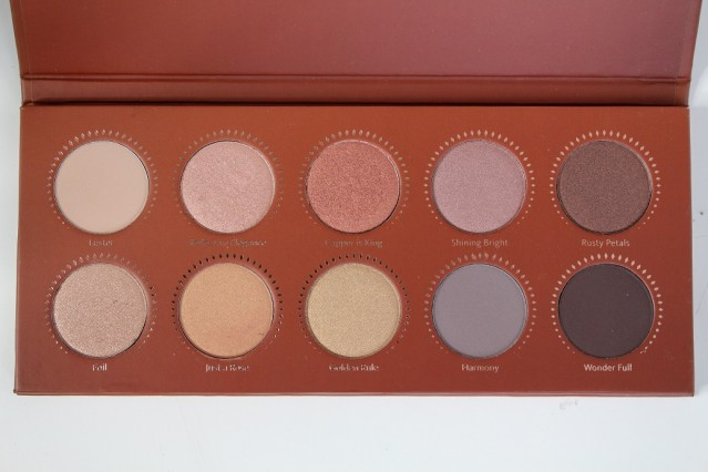 zoeva-rose-golden-palette-review-3