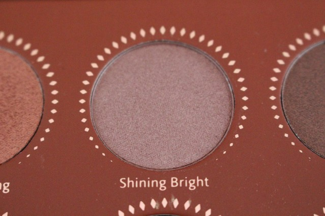 zoeva-rose-golden-palette-review-shining-bright