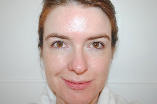 bobbi-brown-intensive-skin-serum-foundation-review-before