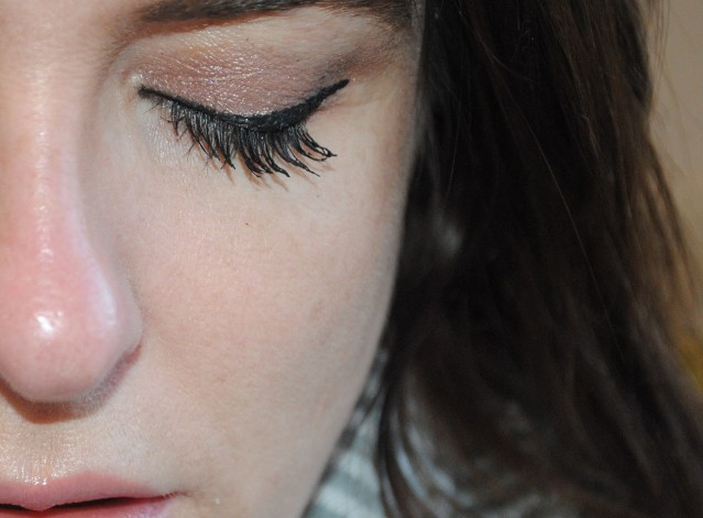 bourjois-liner-pinceau-liquid-liner-ultra-black-review
