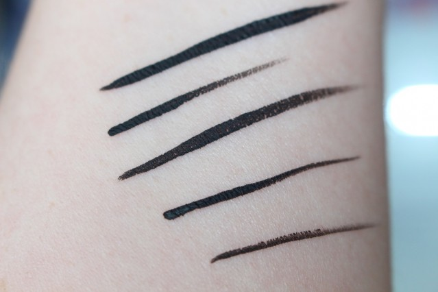 bourjois-liner-pinceau-liquid-liner-ultra-black-swatches-2