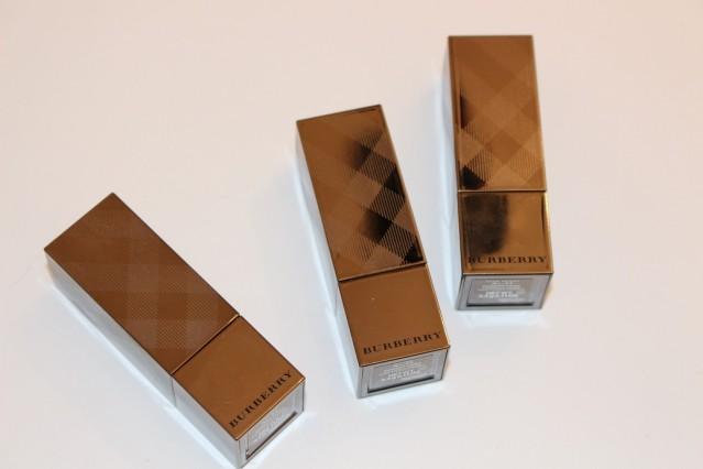 burberry-kisses-lipstick-review-3