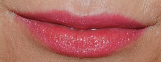 burberry-kisses-lipstick-swatch-pink-peony
