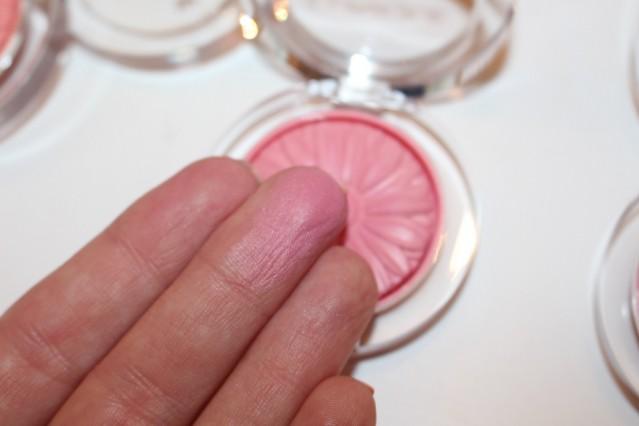 clinique-cheek-pop-spring-2015-swatch-pink-pop