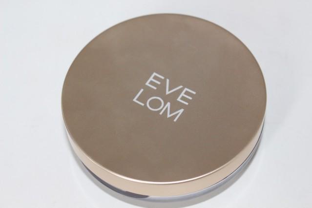 eve-lom-radiant-glow-cream-foundation-review