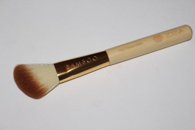 zoeva-bamboo-vol-2-brush-set-128-cream-cheek
