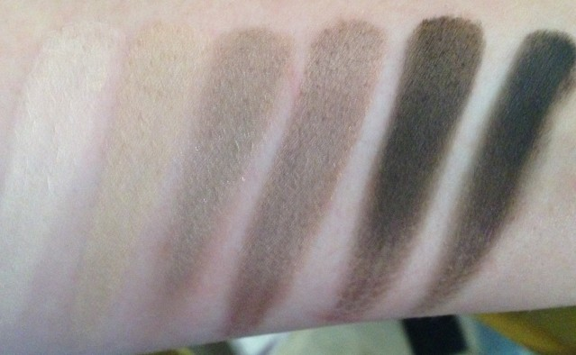 dior-eye-reviver-palette-swatches-2