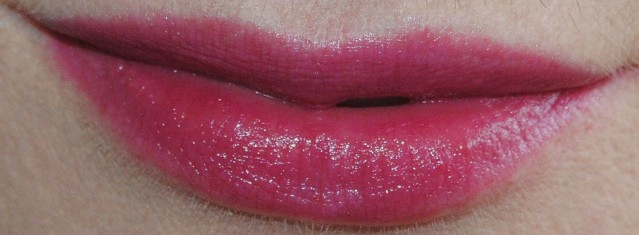 givenchy-le-rouge-a-porter-swatch-303