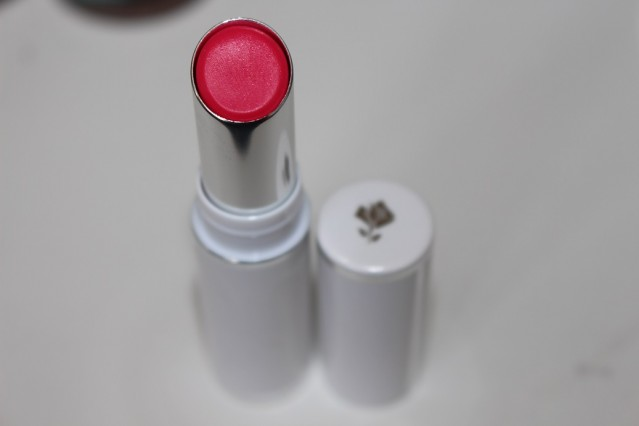 lancome-shine-lover-lipstick-review-2