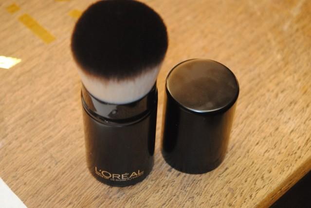 l'oreal-paris-makeup-brushes-kabuki