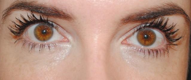 nyx-doll-eye-mascara-review-after