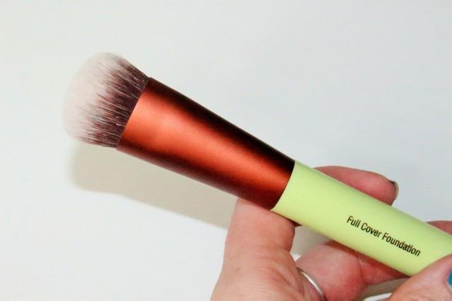 pixi-full-cover-foundation-brush-review-2