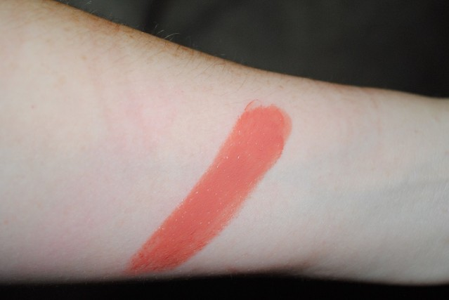 tom-ford-april-2015-lip-color-shine-sultry-swatch