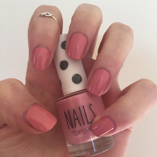 topshop-spring-summer-2015-nail-swatches-spill-the-t