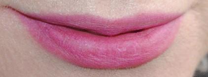 burberry-lip-&-cheek-bloom-swatch-purple-tulip-2
