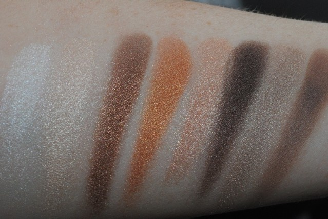 clinique-wear-everywhere-neutrals-palette-swatches-nudes