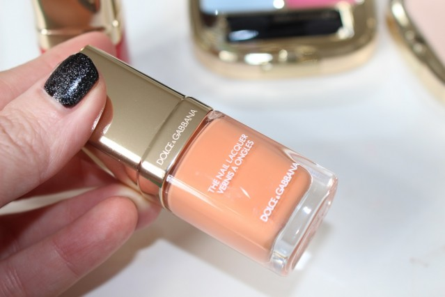 dolce-and-gabbana-summer-shine-nails-peachy-review