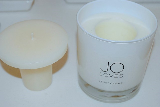 jo-loves-shot-candle-review
