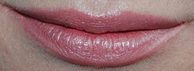 laura-mercier-paint-wash-liquid-lip-colour-swatch-golden-peach