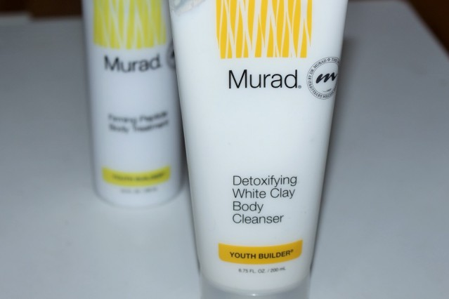 murad-youth-builder-detoxifying-white-clay-body-cleanser-review