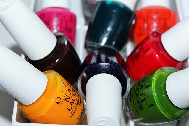 opi-color-paints-blendable-nail-lacquer-review