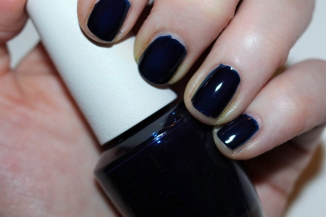 opi-color-paints-swatch-indigo-motif