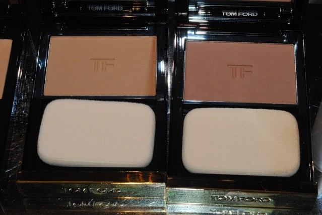 tom-ford-fall-2015-flawless-powder-foundation-review-4