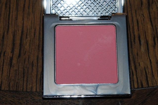 urban-decay-afterglow-8-hour-powder-blush-review-fetish