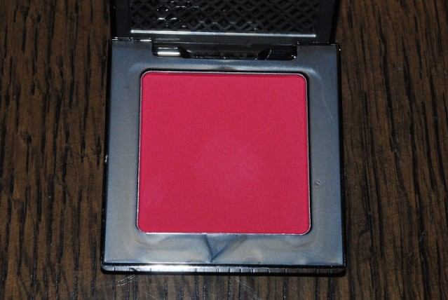 urban-decay-afterglow-8-hour-powder-blush-review-quiver