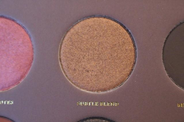 zoeva-cocoa-blend-palette-review-subtle-blend