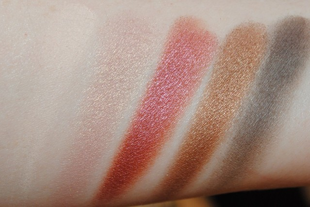 zoeva-cocoa-blend-palette-swatches