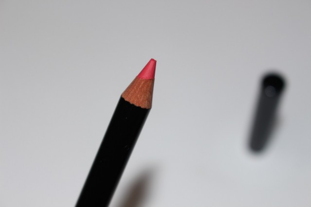 bobbi-brown-telluride-lip-pencil-pink-guava