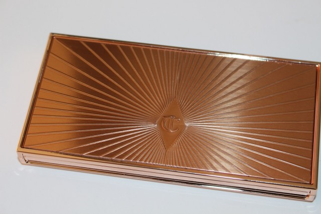charlotte-tilbury-filmstar-bronze-&-glow-medium-dark-review