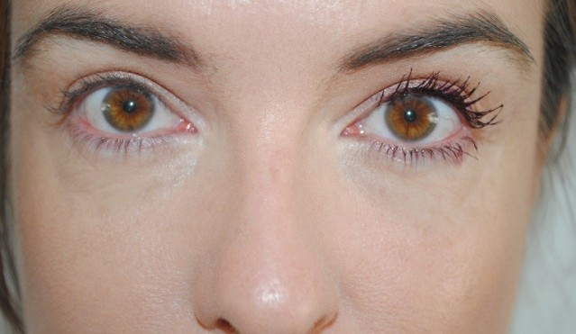 clinique-chubby-lash-fattening-mascara-review-1-coat