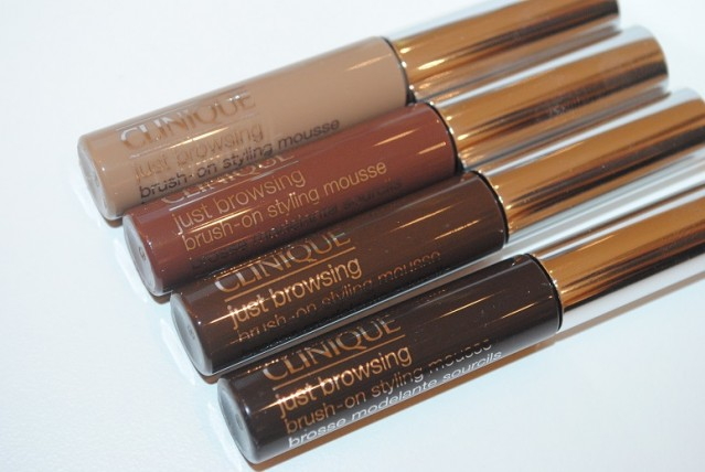 clinique-just-browsing-brush-on-styling-mousse-review-swatches