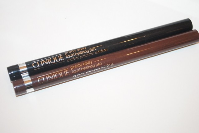 clinique-pretty-easy-liquid-eyelining-pen-review-swatches