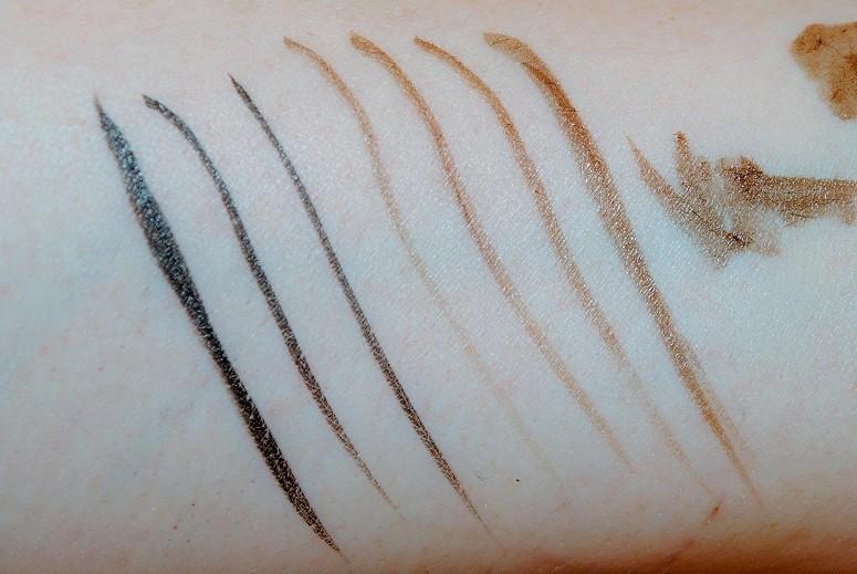 Pretty Easy Liquid Eyelining Pen by Clinique #10