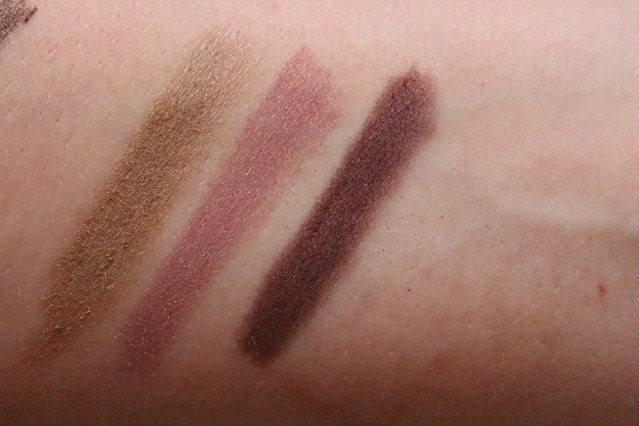 estee-lauder-magic-smoky-powder-shadow-stick-swatches-gold-pink-plum