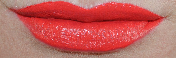 estee-lauder-pure-color-envy-liquid-lip-potion-swatch-cold-fire-2