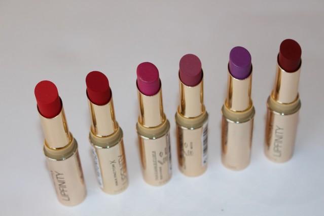 max-factor-lipfinity-long-lasting-lipstick-review-5