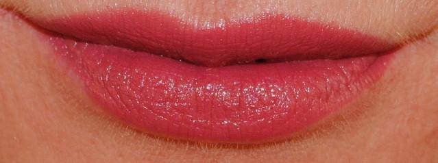 max-factor-lipfinity-long-lasting-lipstick-swatch-60-evermore-lush
