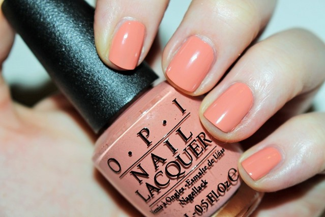 opi-venice-swatch-a-great-opera-tunity